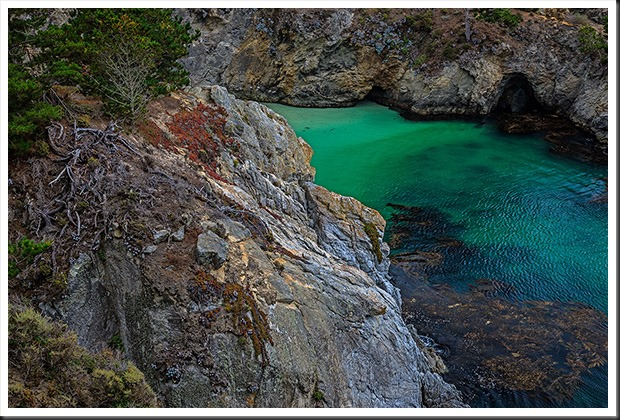 point_lobos_china_cove_120809
